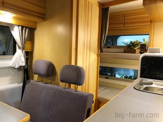 アンソニーのマルチルーム+リア常設2段ベッド