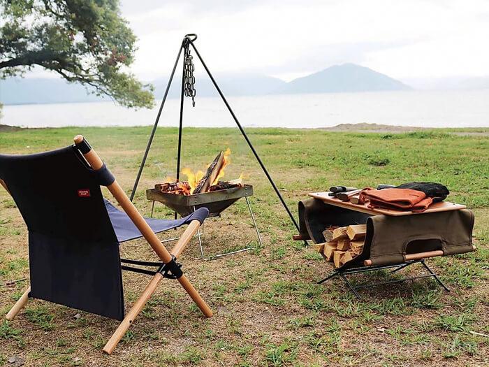 HangOut(ハングアウト)ログキャリーと薪スタンドとテーブル