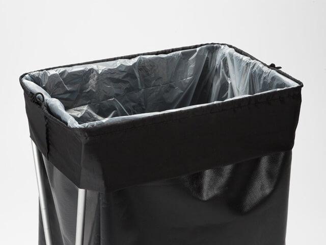 SnowPeak ガビングスタンドは巨大ゴミ箱としても活用可能