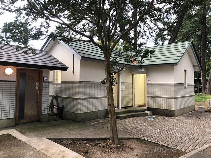 知内浜オートキャンプ場のトイレ