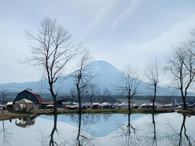 ふもとっぱらキャンプ場の「逆さ富士」