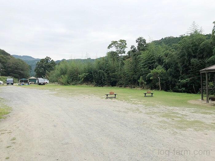 第2キャンプ場の入口から見たフリーサイト