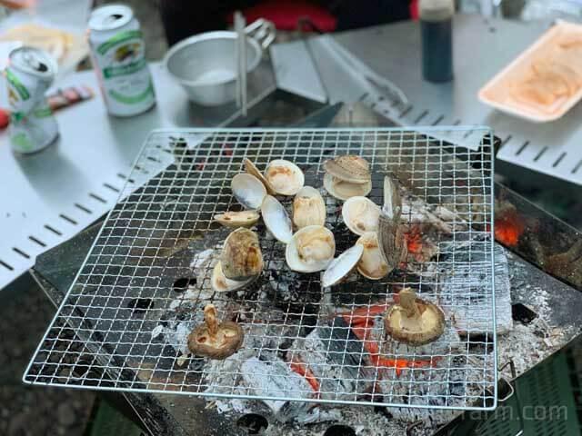 BBQでハマグリ