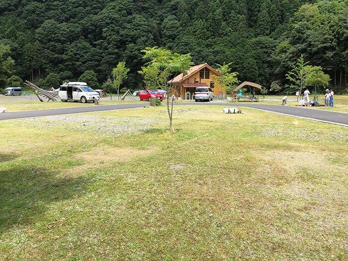 白川渡オートキャンプ場の17番サイト