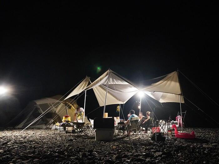 夜のTAKIBIタープ