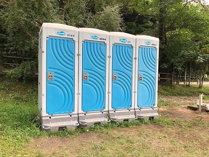 田の浦野営場の簡易トイレ