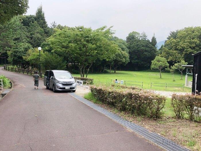 とらまる公園キャンプ場の仮駐車スペース