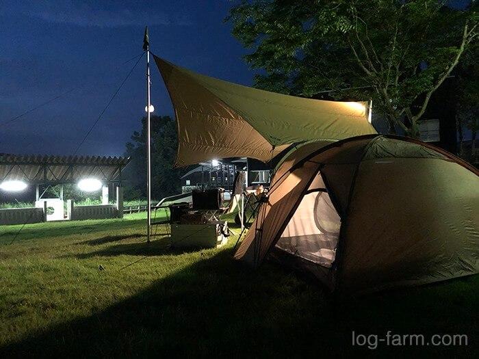 夜のとらまる公園キャンプ場でソロキャンプ