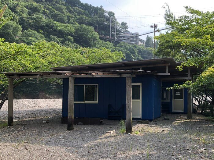 つり橋の里キャンプ場のバンガロー(15人用)