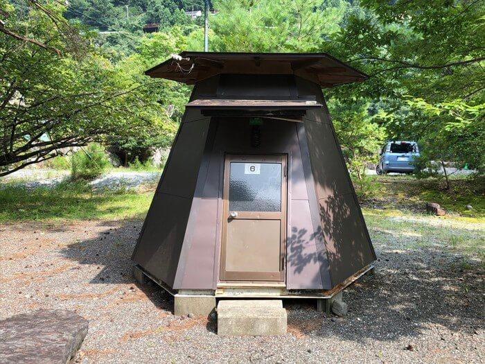 つり橋の里キャンプ場のバンガロー(3人用)