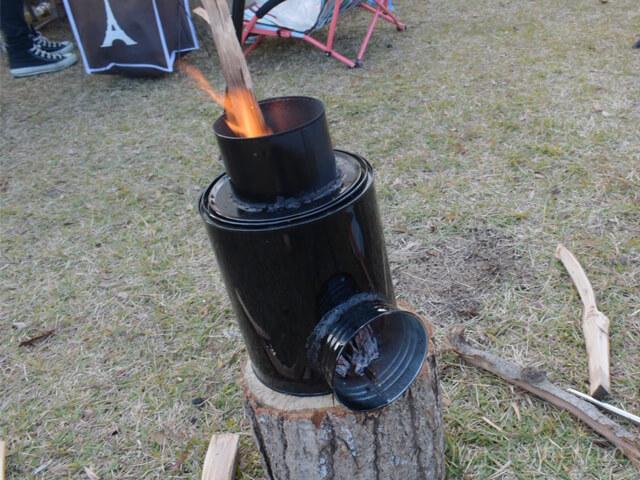 手作りの焚き火ストーブ