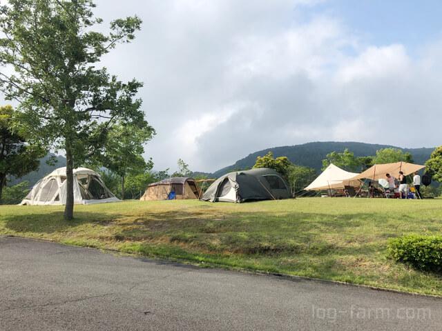 キャンプサイト全体感