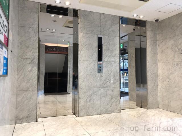 湘南美容クリニックへ向かうエレベーター