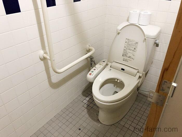 管理棟(本館)内の洋式トイレ