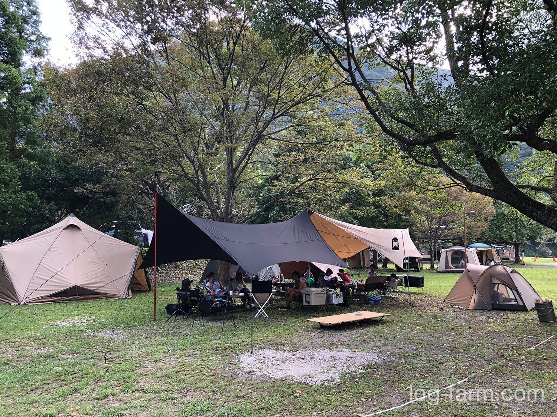 向平キャンプ村でのキャンプ
