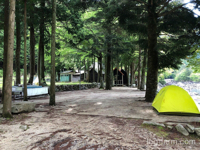 深山キャンプ場のサイト