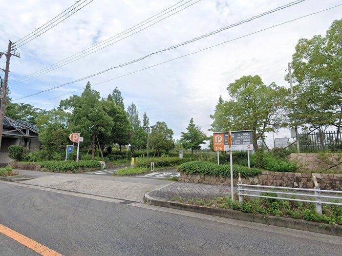 鶴見緑地公園の西駐車場