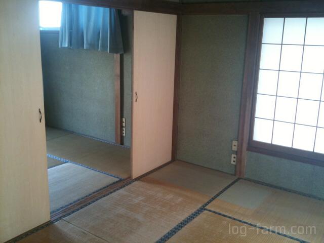畳の和室と砂壁
