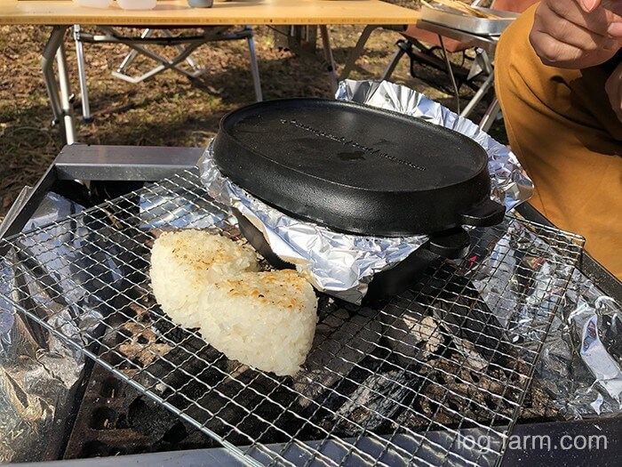 焼きオニギリと燻製