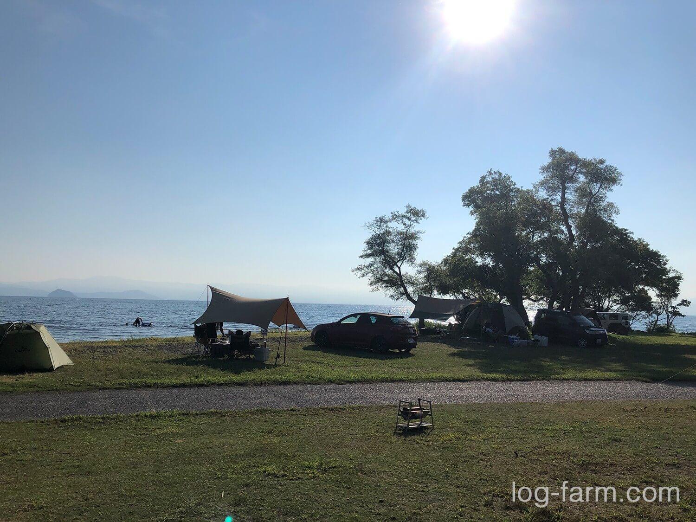 六ツ矢崎浜オートキャンプ場の様子
