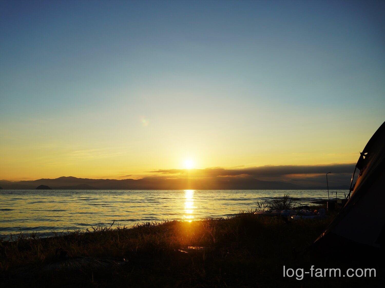 六ツ矢崎浜オートキャンプ場から見える朝日