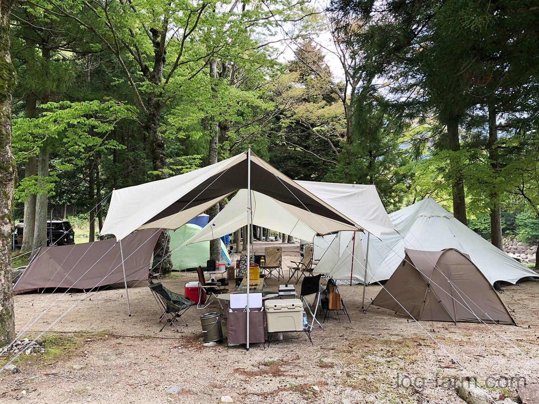 テントとタープのレイアウト
