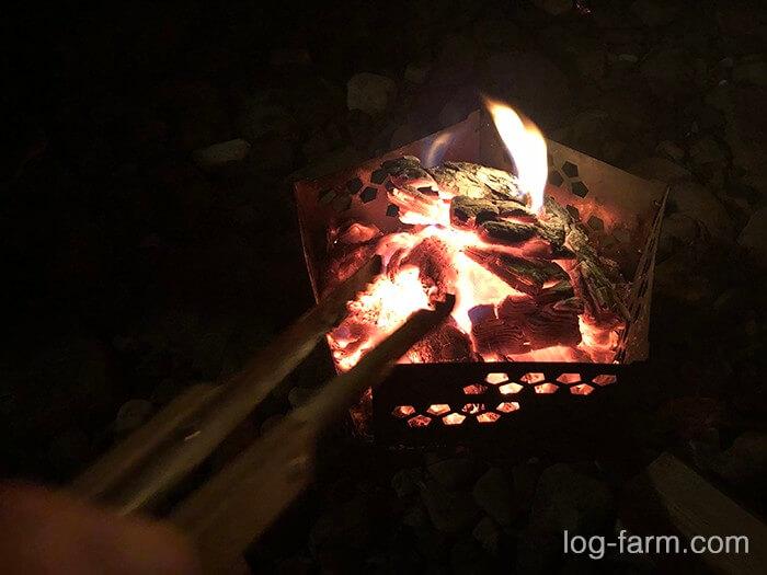 灯籠で焚き火